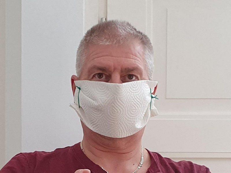 Maske-für-Jenaer-in-der-eleganten-FFP2-Ausführung